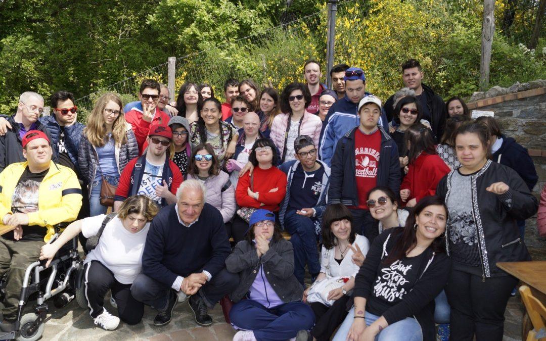 """Associazione """"Gli Altri Siamo noi"""" visita Tenuta Bocchineri"""